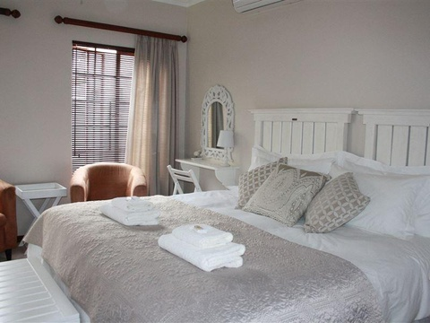 Two Sleeper Twin Room, Cozi Corner Self-Catering Accommodation